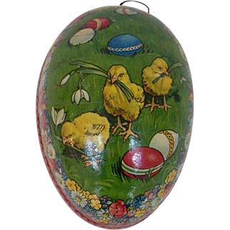 German Easter Egg with Chicks Design