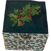 Early Christmas Holly Victorian Collar  Box