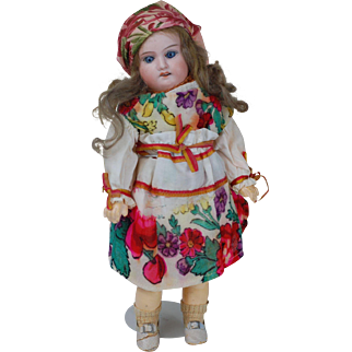 Early Very Pretty 11 inch 1900s German Armand Marseille 390 original outfit doll.