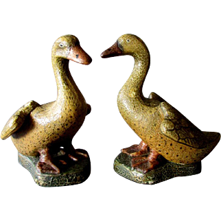 Pair ANTIQUE Hand Painted Chalkware GEESE Goose