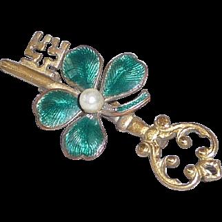 Vintage Brass Green Enamel Four Leaf Clover Pin Brooch