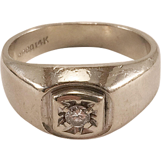 14K White Gold Man's or Lady's Diamond Ring Sz 8.5