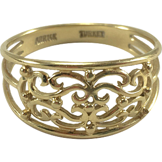 14K YG Filigree Ring Sz 9.5