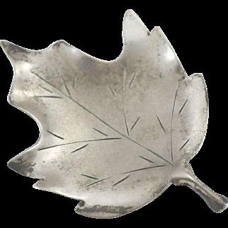 Stuart Nye Sterling Silver Leaf Pin