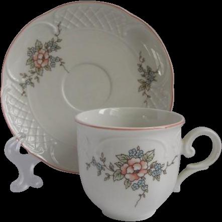 villeroy boch germany demitasse cup and saucer for. Black Bedroom Furniture Sets. Home Design Ideas