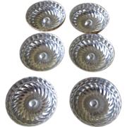 Vintage 1950's aluminum mini bundt cakes or jello molds