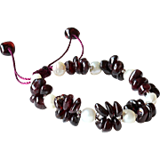 Garnet with cultured White Freshwater Pearls Bracelet