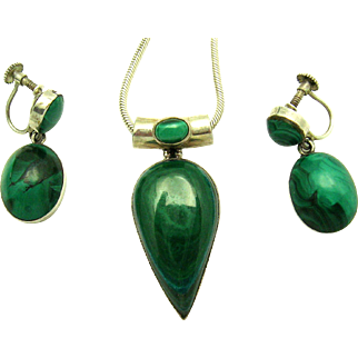 ART DECO Scottish Malachite Set of 1950s Necklace and 1930s Pendant Earrings