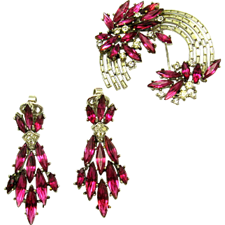 Gorgeous Crown TRIFARI Set Brooch and Dangle Earrings Hot Pink Rose Navettes