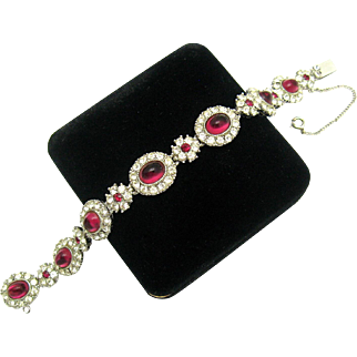 Signed CINER Ruby Red Cabochons Crystal Rhinestones 1940's Bracelet Perfect!