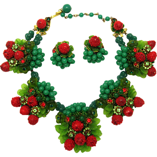 Absolutely Gorgeous IAN ST. GIELAR Set Huge Necklace and Matching Earrings