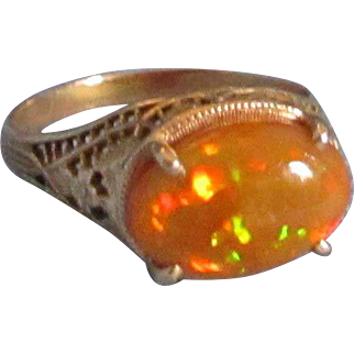 STUNNING Victorian Ethiopian Opal Filagree Gold 10 kt Ring