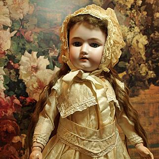 Antique German Heinrich Handwerck Simon & Halbig Child Doll