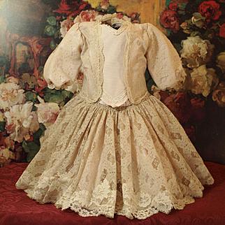 Pretty Vintage Decorative Lace Doll Dress-