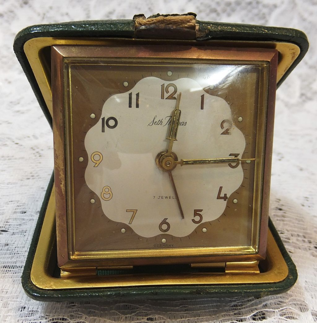 Vintage Travel Clocks 37