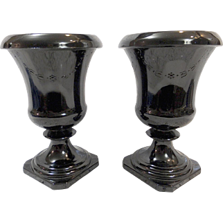 Pair LE Smith Black Amethyst Urns - Garland Pattern