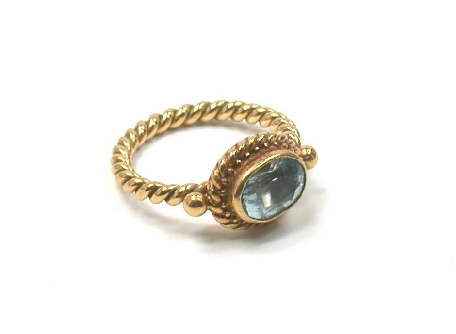 Luna Felix 18kt & Aquamarine Ring
