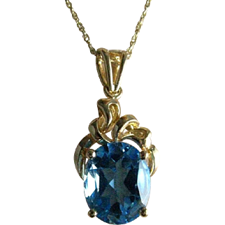 Vintage 14K Yellow Gold Large Oval Faceted Blue Topaz Pendant on 10K Gold Chain Necklace