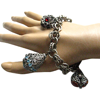 Vintage 800 Silver Etruscan Three Large Charms Bracelet