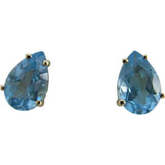 Vintage 14K Gold & 2CT TW Pear Shaped Aquamarine Earrings - Studs - Posts with Nuts