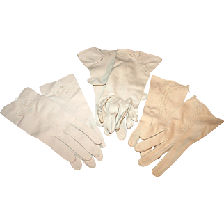 3 Pairs Vintage 1950s Gloves for Daytime Wear ~ Bone