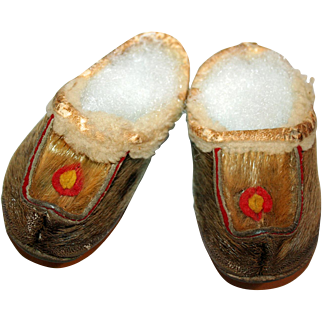 Native American Mocassins for Baby c1900
