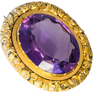 Antique Amethyst Brooch in 15 Ct Gold, Late Georgian/Early Victorian
