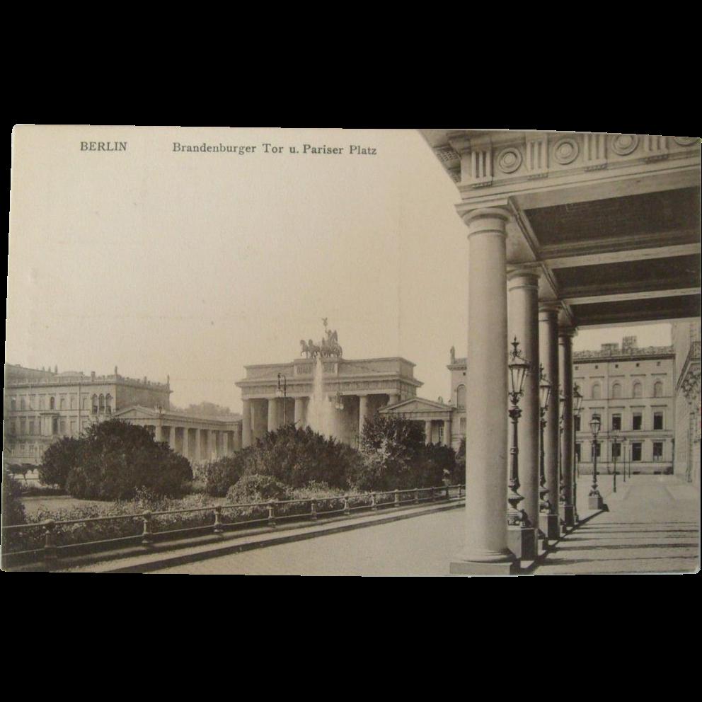 1900 39 s 1920 39 s berlin brandenburger tor u pariser platz for Ruby berlin