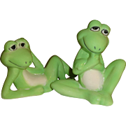 Pair of Green Frogs Salt and Pepper Shakers