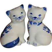 Delft-Like Blue & White Cats Salt and Pepper Shakers