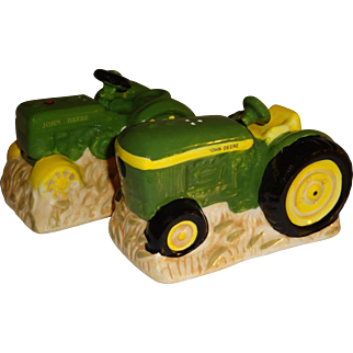 John Deere Tractors Salt and Pepper Shakers