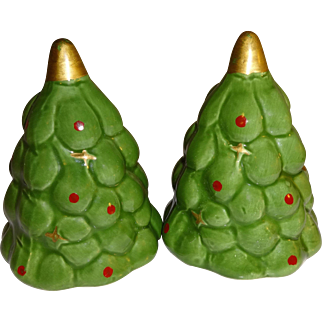 Green Christmas Tree's Salt and Pepper Shakers