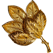 Vintage Gold Tone Textured Leaf Pin Brooch