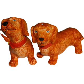Red Doxie Wiener Dogs Salt and Pepper Shakers