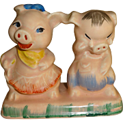 Regal China One Piece Pigs Salt and Pepper Shakers