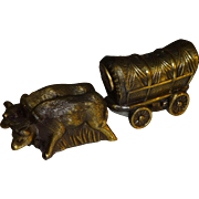 Metal Covered Wagon & Cows Souvenir Salt and Pepper Shakers