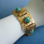 Mottled Jade Green Thermoset and Gold Tone Bracelet ~ REDUCED!!