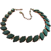 Vintage Lisner Hunter Green Lucite Necklace