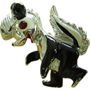 Cute Vintage Enamel Skunk Figural Pin ~ REDUCED!
