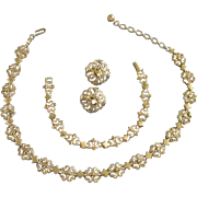 Avon Gold Tone Precious Pretenders Set, Necklace, Bracelet, Earrings