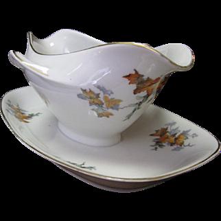 Hertel & Jacob Bavarian Vintage Porcelain Gravy Boat