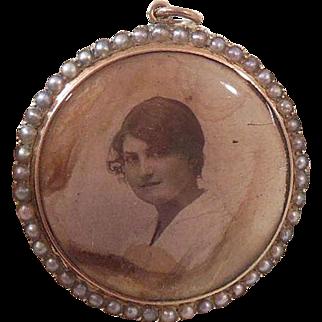English 9 Carat Gold and Seed Pearl(Natural) Double Sided Photo Locket/Keepsake Circa 1910-20, Edwardian