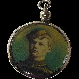 English Edwardian(1901-1914) 9 Carat Gold Double Sided Photo Locket