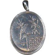 English Aesthetic Period Sterling Silver Photo Locket 1885-1901