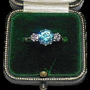 18 Karat Gold (750/1000)  Blue Zircon and Diamond Ring
