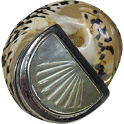 Vintage Shell/Mother-of-Pearl Snuff Box