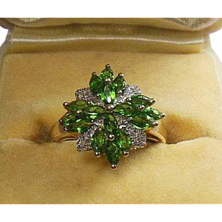 Spring Pretty 14 Karat Gold and Chrome diopsite Dress Ring