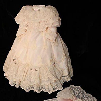 Beautiful Vintage Lace Doll Dress