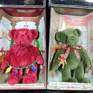 Vintage Pair of Boxed Gund Christmas Bears