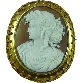 Roman Lady Cameo Brooch Pin 14 Carat Solid Gold Carved Shell Italian Antique